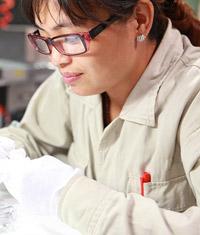 Dr Avril Blageur